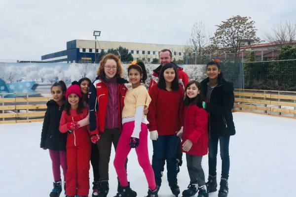 C:xampphtdocssdb/wp content/uploads/2018/11/akce pro romske deti 7