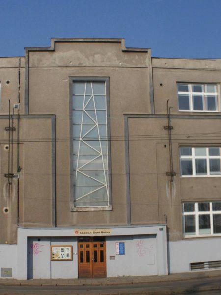 Fotografie fasády v roce 2010