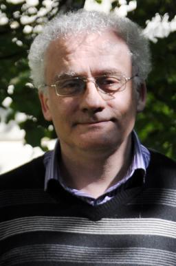 Autorem rozhovoru je salesián Michal Kaplánek, kterýpůsobí na Teologické fakultě JU a VOŠ Jabok.